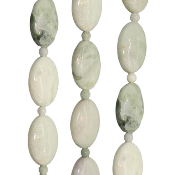 Afrikanische Jade, oval, L22 B15 H8mm, Strang 40cm