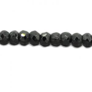Spinell, schwarz, facettiert, D4-5mm