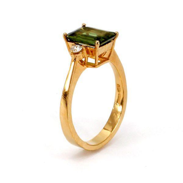 Grüner Saphir Diamant Ring