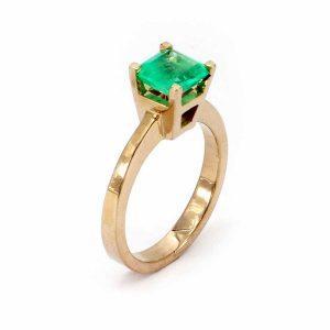 """Ring Smaragd – """"Carrée Schliff"""""""