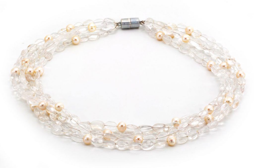 Perlen & Bergkristall Collier
